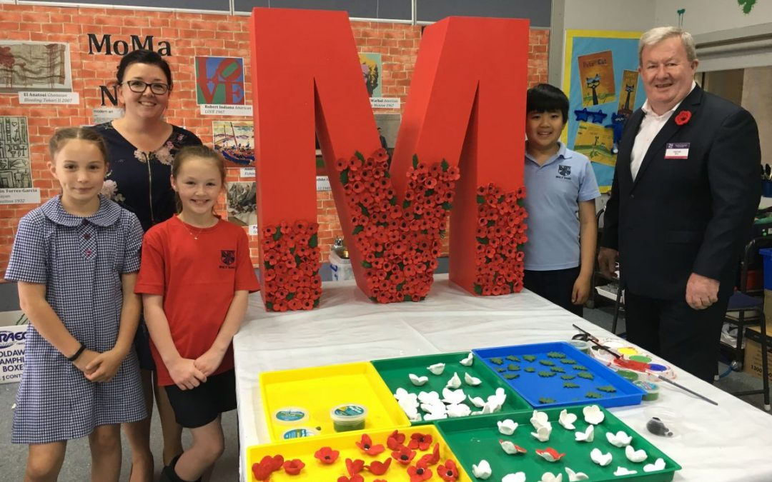 Holy Name Primary School  Participates in Creative #REMEMBER Project for Remembrance Day 2018